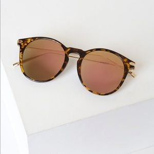 Lulu's Tortoise & Pink Mirrored Sunglasses